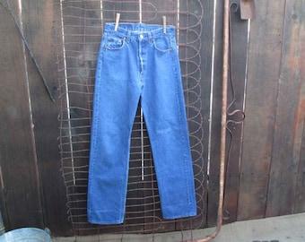 US 501 Levis Vintage Blue denim jeans Levis 501 American made 31 34 boyfriend jeans blue Levi jeans