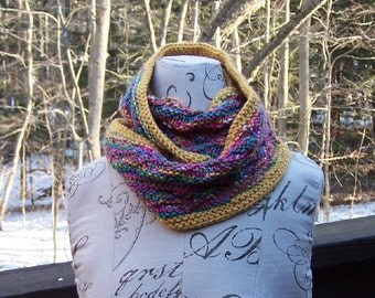Mobius hand knit scarf or cowl