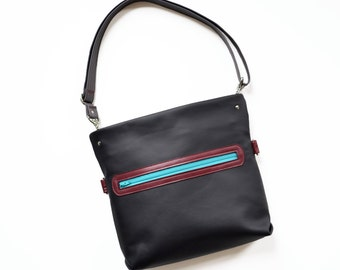 Leather Crossbody Purse, Crossbody Bag, Everyday Bag, Small Leather Handbag, Shoulder Bag, Womens Gift - The Abby Satchel in Black