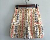 Floral shorts / linen cargo shorts / 1990s floral cargo shorts
