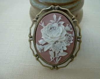 Flower Cameo Brooch/Pin