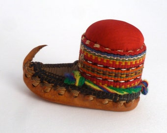 "Balkan Folk Dance Shoe Pincushion - Leather Opanci shoes -  Souvenir from the Balkans - 3 1/2"""
