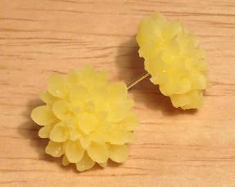 Yellow flower post earrings