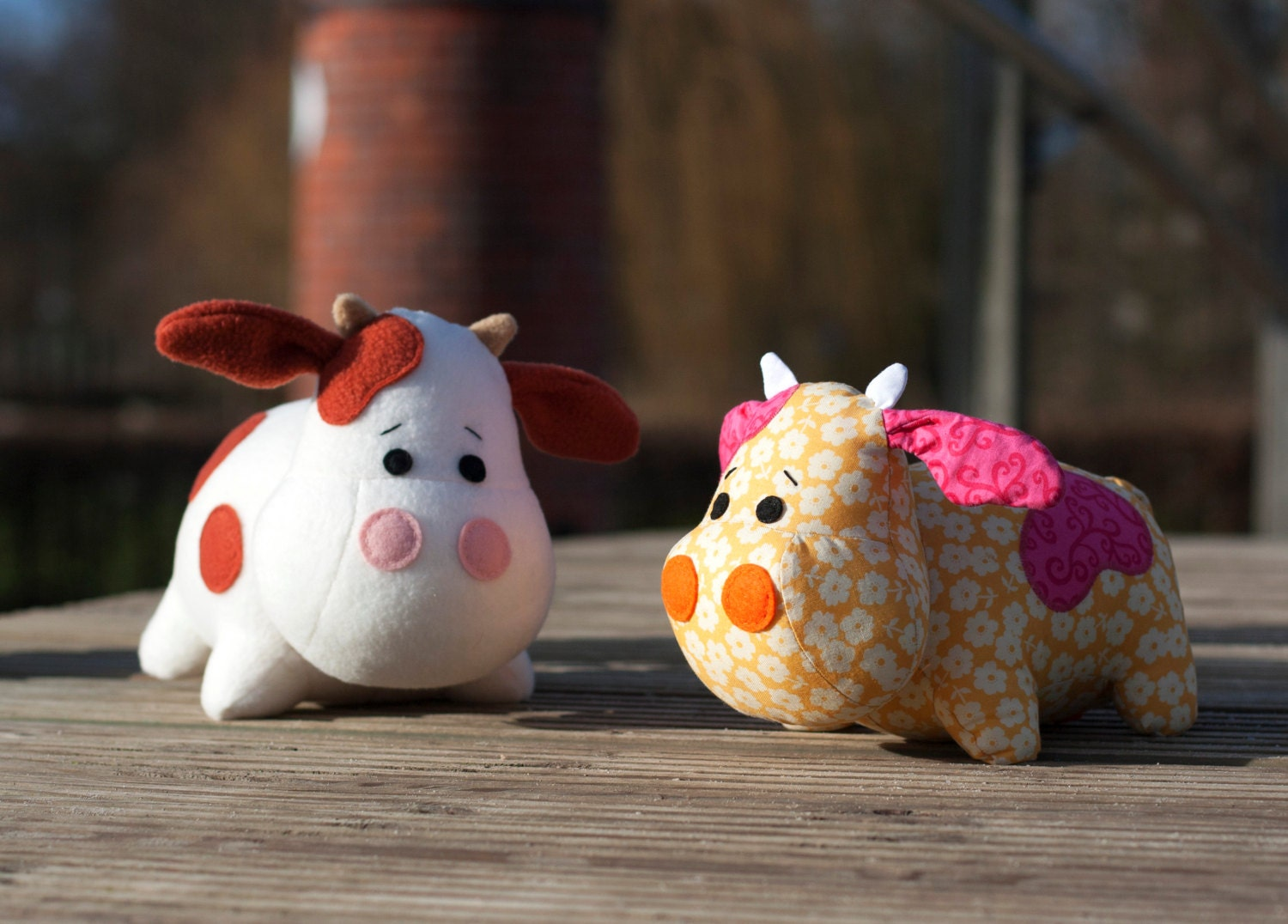 Stuffed cow sewing pattern sew a cute toy pdf from diyfluffies this is a digital file jeuxipadfo Images