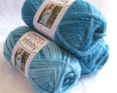 Boutique Infinity yarn in OASIS,  bulky weight yarn, Red Heart Boutique, blue shades yarn, metallic