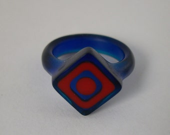 Resin ring - Cobalt blue with red offset squares. Size 6.5