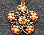 Topaz Rhinestone Flower Pendant Necklace Retro 1970's