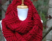 Cranberry Red Knit Scarf Chunky Scarf Hand Knit Infinity Scarf Women Scarves Knitted Neckwarmer