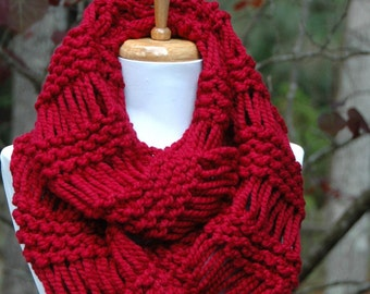 Cranberry Red Knit Infinity Scarf, Chunky Scarf, Circle Scarf, Hand Knit Scarf, Women Scarves, Winter Scarf, Wool Scarf, Knitted Scarf Cowl