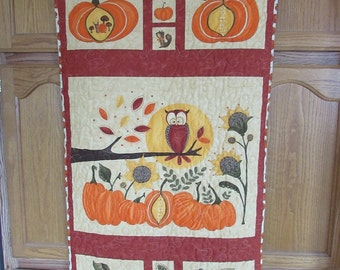 HARVEST WALL HANGING, With Owl, Quilted