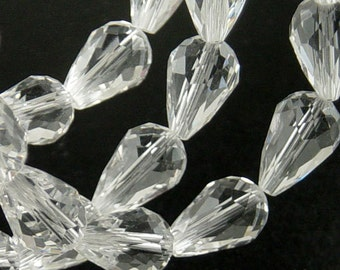 Glass Beads 10 Clear Teardrop Faceted Drop 15mm x 10mm (1021gla15-01)