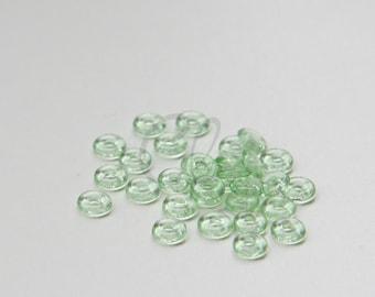 100pcs Czech Pressed Glass O Beads - Rings - Peridot 4x1mm (8245050)