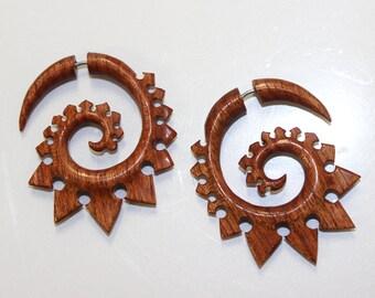 Faux Gauge ,Fake Gauge Earrings,tribal style,Tribal Expander Split,organic ,Fake Piercings,redblood wood