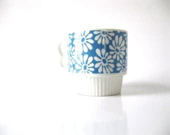 Vintage-Blue-1970s-Mod Flowers-Mug-Cup-Japan-Porcelain