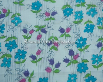 Springtime Tulips and Daisies - Vintage Fabric Mod Juvenile 50s 60s 34 in wide