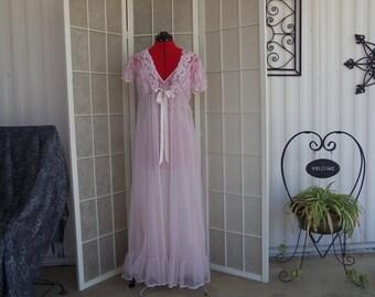 Vintage 1980's Pink & Lace Bedroom Ensemble