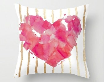 Pink Heart Pillow - Je t'aime - Decorative Cushion, Throw Pillow Cover