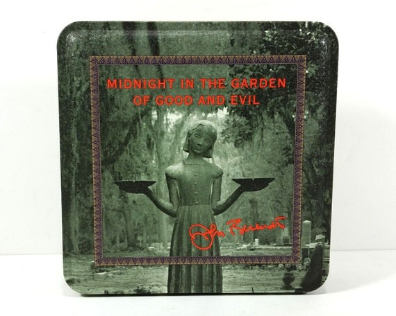 Vintage Midnight In The Garden Of Good And Evil Tin 1993
