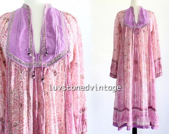 70s Her Excellency Vintage India Tent Cotton Boho Hippie Sheer Indian Ethnic Festival Maxi Dress . XS . S . 961.5.4.15