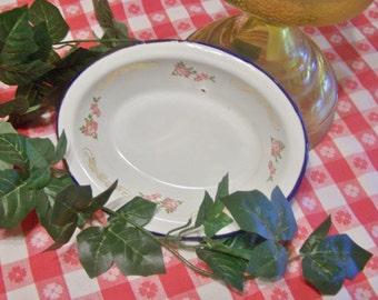 Vintage 1930's Enamel Ware Dish, Bowl, Oval, Very Good Condtion, with Floral and Gold Embellishment