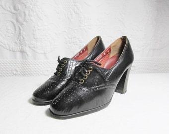 Stunning 1940s High Heel Wingtips Black 5B Spain Shoes