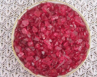 Stunning Red Wine Crushed Glass Pieces for Mosaic Art Crafts Embellishements Mosaic Supplies Crushed Red Wine Glass Loose Glass 5 oz bag