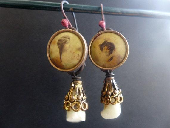 Ingenue. Antique romantic photographic button earrings.