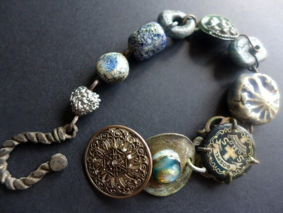 Klaxos. Rustic assemblage bracelet in dusty blue.