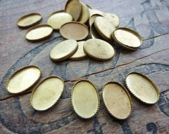 Vintage Brass Bezel Cup 12x8mm Setting Oval (6)