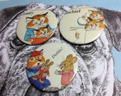 Richard Scarry Cool Daddy Cat & Foxy Fox vintage illustration pin badge set x 3 from original 1960's Annual,Red Mutha story time Dadda pet