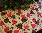 Table Runner Pink Gray Black Hearts on White Padded