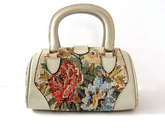 Top Handle 1950s Tapestry Purse Small Floral Purse Chenille Carpet Bag Handbag Stitch Work Pill Box Purse Vintage 50s Purse