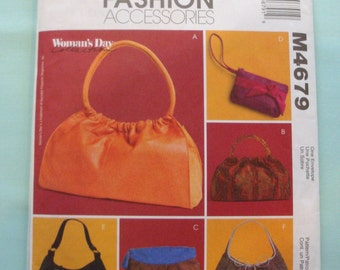 McCalls M4679 - Handbag Sewing Pattern - Purse Pattern - Fashion Accessories - Handbags