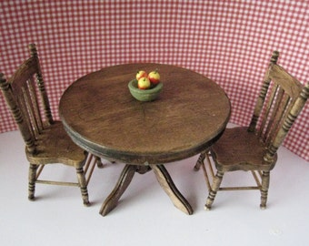 Dollhouse Kitchen table, kitchen chairs, round table, country, twelfth scale, dollhouse miniature
