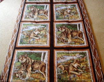 Wolf Pack Family Throw Quilt/Blanket