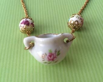 Sweet Tea - Necklace