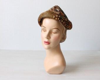 1950s Hat /  50s Hat / Feather Hat / Bumper Brim