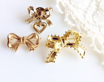 Beautiful Vintage Collection of Bow Pins Brooches  -  Lot of 3 Goldtone Bows Ribbons
