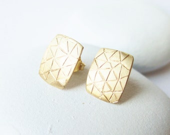 14 kt yellow gold post earring, solid with hand carved triangle pattern, gold stud earring, handcrafted, artisan