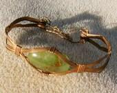 Wunderbare Chrysopras Armband - Kupferdraht gewickelt grünen Edelstein durch JewelryArtistry - BR477