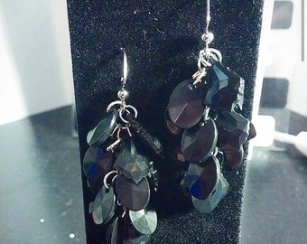 Black Shell Dangle Earrings