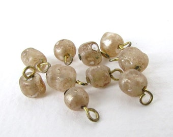 Vintage Pearl Beads Glass Drops Antique Ivory Charms Headpin Wire Loops vgp0256 (10)