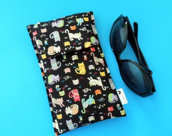 Roomy Sunglasses Case in a Japanese Design of Tiny Kitties