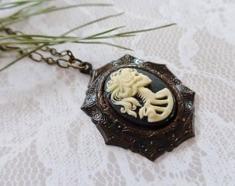 Gothic Cameo She Skull Necklace