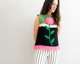 vintage hand KNIT giant PINK flower sleeveless FRINGE sweater M