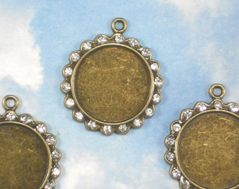 BuLK 20 Rhinestone Scallop Bezel Settings Bronze Tone Pendants 22mm Tray ADD Optional Glass Domes (P1606 -20)
