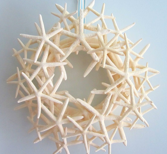 Beach Decor Starfish Wreath, Nautical Decor White Starfish Wreath, Seashell Wreath, Shell Wreath, Coastal Decor, Beach House Decor - #SFW100