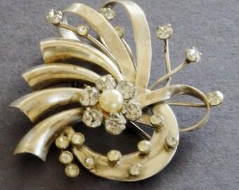 Vintage Brooch Pin Rhinestone Linc Art Nouveau Abstract Silver Metal Loops 1950s