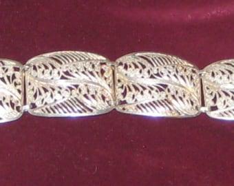 Beautiful Filigree Vintage STERLING Silver European BRACELET Marked 835