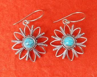 Sterling Silver Turquoise dangle Earrings / 1.45 inch long / Bali handmade jewelry / silver 925